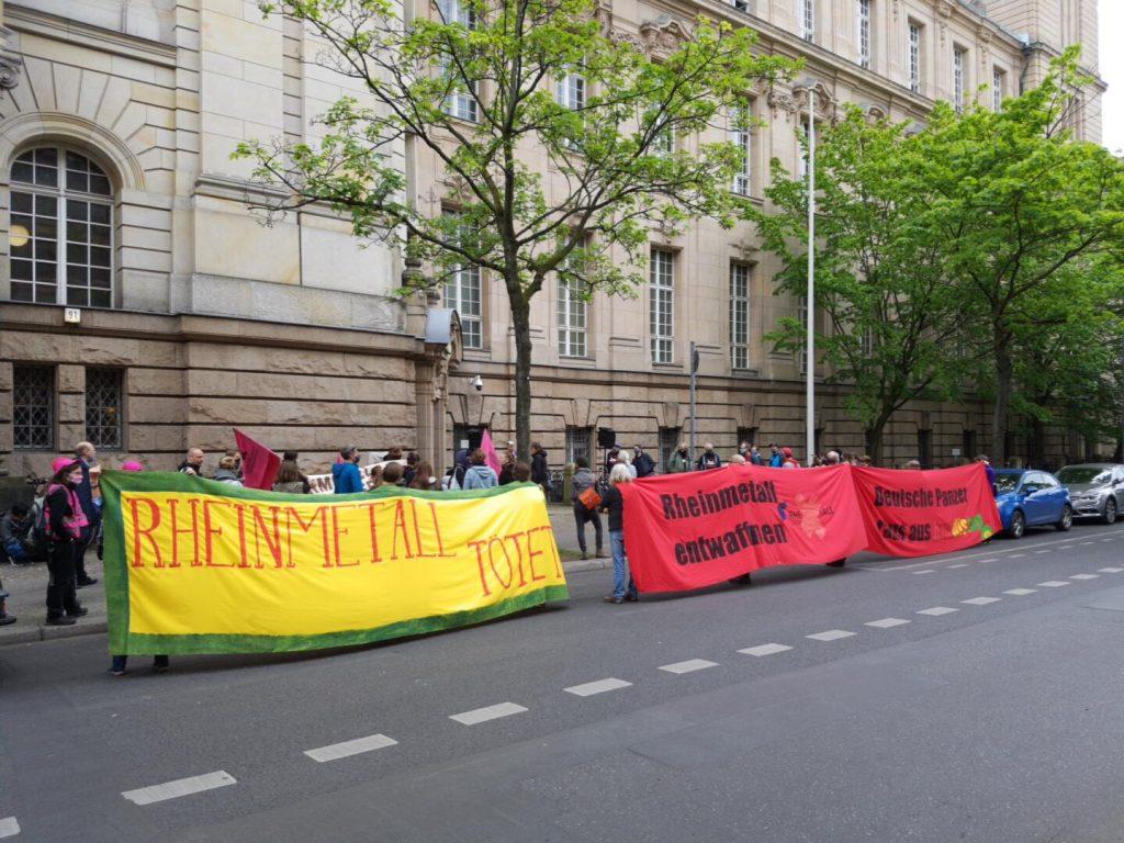 Kundgebung vor dem Amtsgericht Tiergarten, Turmstraße 91